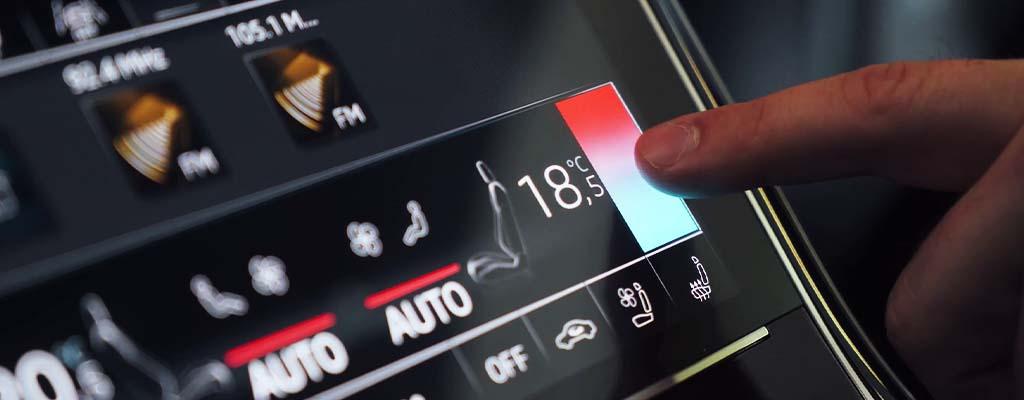 Fotografije prikazuje avto klimo, ki jo lahko uporabljate tako poleti kot pozimi.